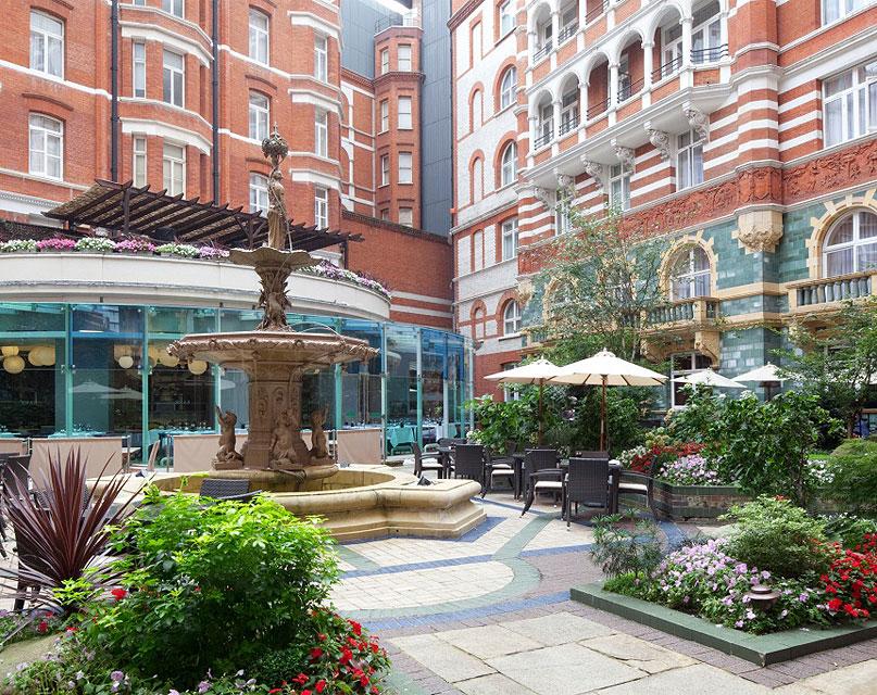 Hotels Near Buckingham Gate